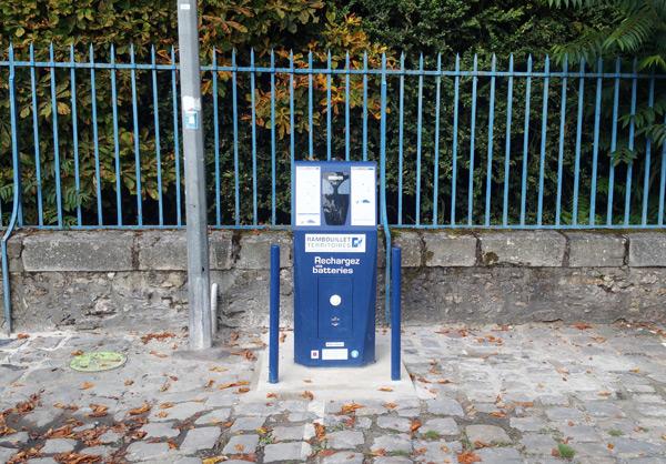 Une nouvelle Borne de recharge pour véhicule électrique à Rambouillet
