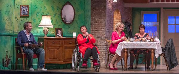 Actualités Rambouillet - Théâtre aux Prairiales à Epernon : Comme à la Maison, le samedi 22 décembre 2018