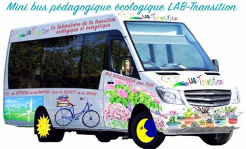 Le Mini bus pédagogique écologique LAB-Transition